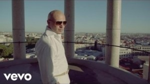 Video: Pitbull ft Shakira - Get It Started